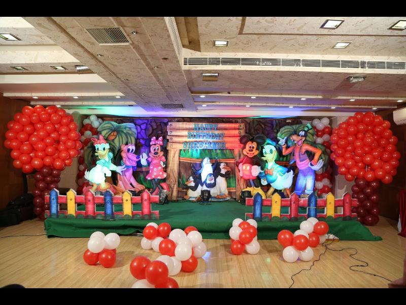 Balloon Decorators Hyderabad
